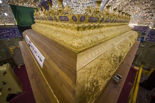 مراحل نهایی نصب ضریح جدید حرم حضرت عباس (ع)
